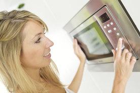 新生活に必須の家電!一人暮らしの電子レンジの選び方とおすすめの機種5個