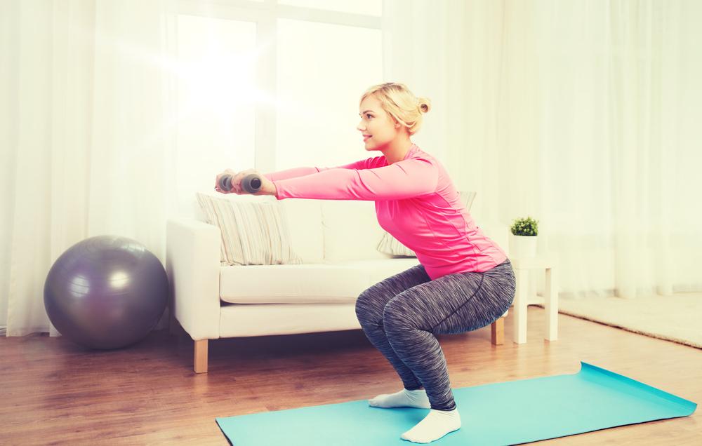 外に行かずに部屋で運動したい!自宅でもできる有酸素運動5個